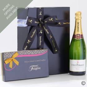 This luxury gift box Features a 75cl bottle of Jules Feraud champagne is beautifully boxed with mouthwatering luxury salted caramel truffles from Maison Fougère – this perfect combination for any celebration will be carefully hand delivered by Sandra's Florist.